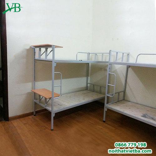 Giường sắt 2 tầng có bàn học VB-4302
