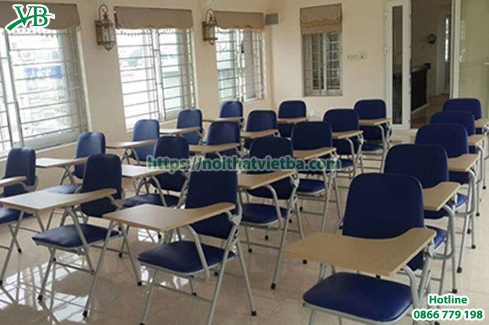 Ghế liền bàn là sự lựa chọn hoàn hảo cho phòng họp nhỏ