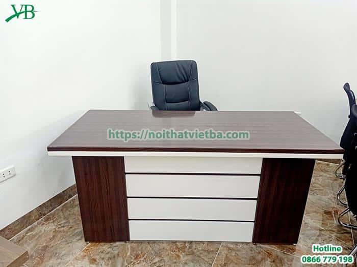 Mẫu bàn giám đốc giá rẻ nhưng cũng khá đẹp tại Nội Thất Việt Ba